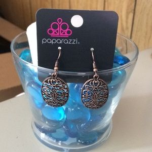 Brass look detail earrings